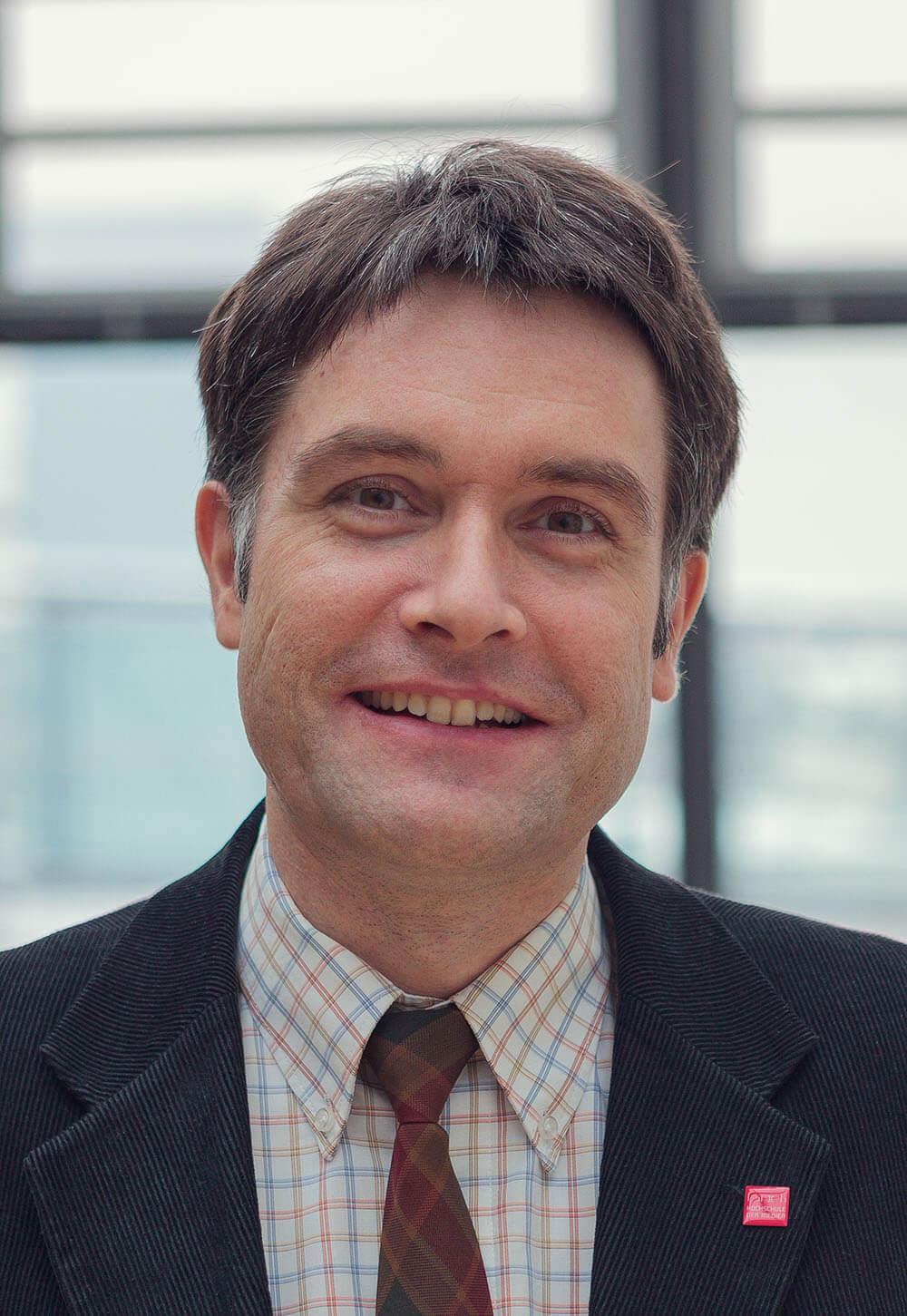 Protrait von Prof. Dr. Oliver Zöllner